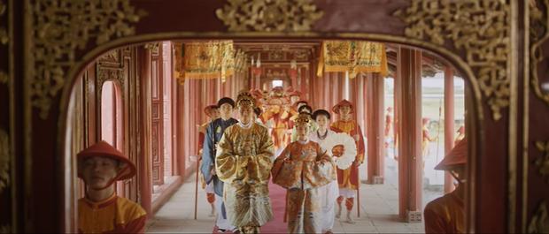 Câu chuyện thật phía sau lời hứa của Vua Bảo Đại và lá thư đánh ghen Nam Phương Hoàng hậu gửi cho Lý Lệ Hà được tái hiện trong MV mới của Hoà Minzy - Ảnh 7.