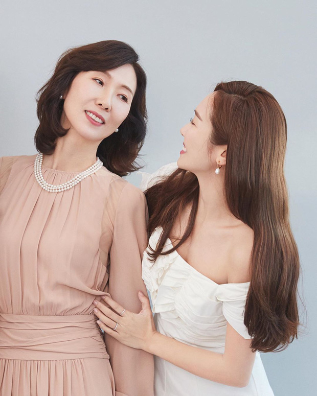 Jessica vọt thẳng lên top Naver nhờ bộ ảnh khoe mẹ vừa đẹp vừa sang chảnh, tiết lộ tầm ảnh hưởng đặc biệt của bà - Ảnh 3.