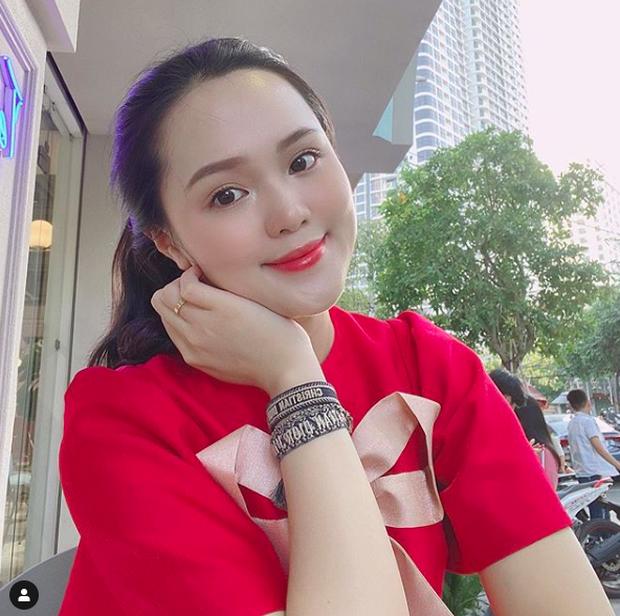 Quỳnh Anh khoe bụng bầu kèm status mới trên Instagram: Hạnh phúc nhất là cảm nhận được miếng máy trong bụng mẹ của con - Ảnh 3.