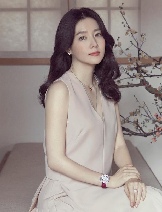 Top 10 mỹ nhân Hàn đẹp nhất thế kỷ 21: Bộ tứ tuyệt đại nhan sắc lại thua 1 chị đại, nhưng dàn nữ thần Kpop đâu rồi? - Ảnh 4.