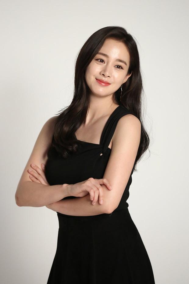 Top 10 mỹ nhân Hàn đẹp nhất thế kỷ 21: Bộ tứ tuyệt đại nhan sắc lại thua 1 chị đại, nhưng dàn nữ thần Kpop đâu rồi? - Ảnh 7.