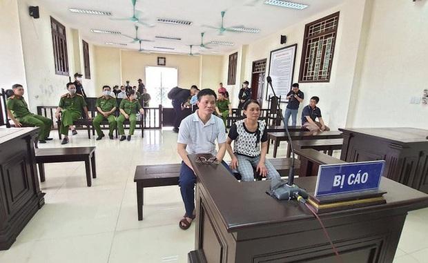 An ninh được thắt chặt tại phiên tòa mà Đường Nhuệ và con nuôi tới làm nhân chứng - Ảnh 2.