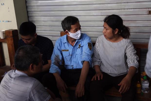 Hà Nội: Nổ bình gas kinh hoàng tại nhà hàng gà rán ở phố Cổ, 3 người nhập viện cấp cứu - Ảnh 2.