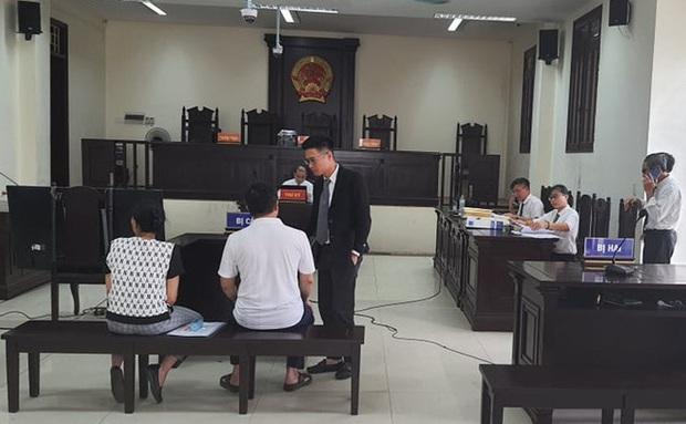 An ninh được thắt chặt tại phiên tòa mà Đường Nhuệ và con nuôi tới làm nhân chứng - Ảnh 3.