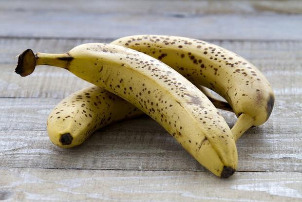 Chuối rất ngon và bổ dưỡng, nhưng đừng ăn quá nhiều vì sẽ gây ra 7 vấn để sức khỏe - Ảnh 3.