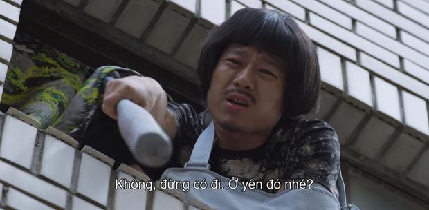 5 lỗ hổng to chà bá của Extracurricular: Tẩy trắng nữ phụ, chiếc mũ bóc phốt Ji Soo quá khiên cưỡng? - Ảnh 10.