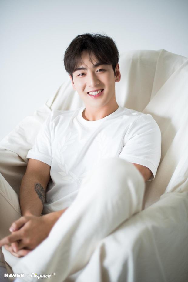Những giọng ca êm ái nhất Kpop: Thành viên BTS dẫn đầu dù không phải main vocal, TWICE lọt top thuyết phục nhưng bất ngờ ở 1 cái tên lạ hoắc - Ảnh 15.