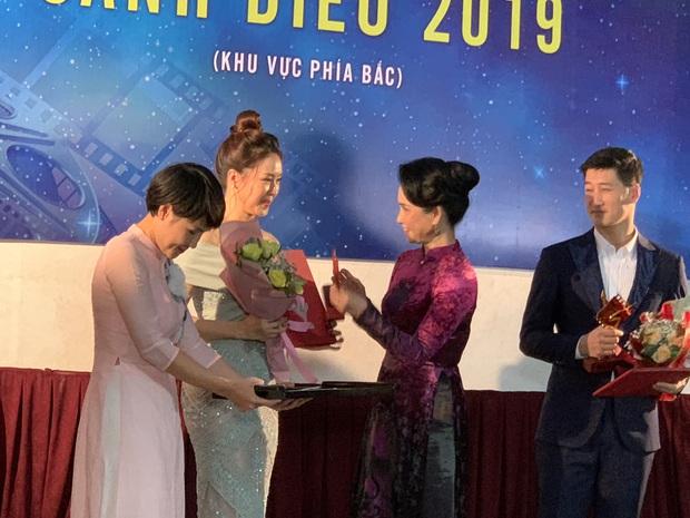 Cánh Diều 2019 âm thầm trao giải mùa Cô Vy: Phim của Kiều Minh Tuấn - Cát Phượng ẵm trọn 7 giải thưởng lớn - Ảnh 3.