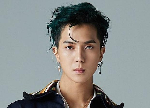 Số nhọ: YG đang đà comeback mà Mino (WINNER)       lại dính phốt động trời, bao nhiêu thị lại để BLACKPINK và nhóm nam mới hứng hết? - Ảnh 1.