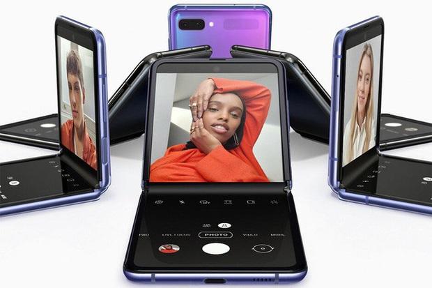 Samsung có thể sẽ ra mắt cả Galaxy Fold màn hình gập giá rẻ trong năm nay - Ảnh 1.