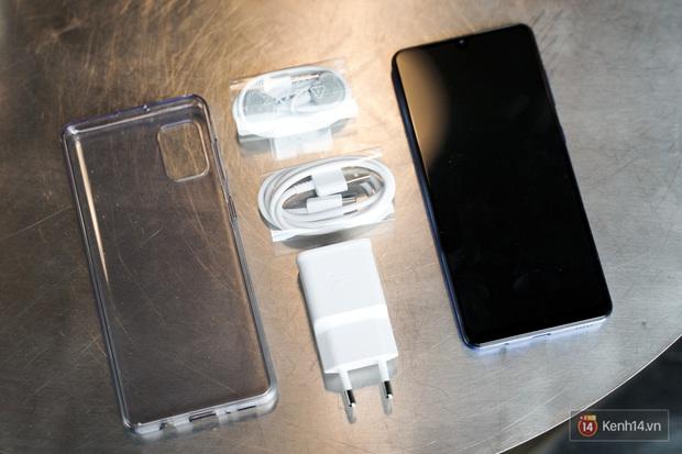 """Trên tay Galaxy A31: Nâng cấp toàn diện, cái gì cũng """"số má"""" hơn mà giá thì gần y như cũ - Ảnh 8."""