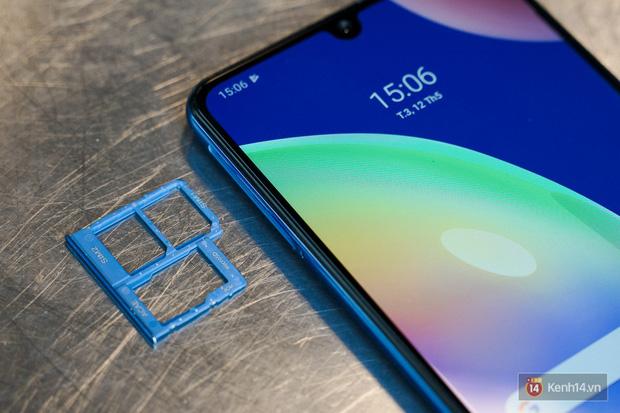 """Trên tay Galaxy A31: Nâng cấp toàn diện, cái gì cũng """"số má"""" hơn mà giá thì gần y như cũ - Ảnh 7."""