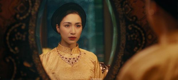 Hòa Minzy chính thức ra mắt MV sau 2 năm vắng bóng, kể lại bi kịch của Nam Phương Hoàng hậu mất người mình yêu vào tay người thứ ba - Ảnh 13.