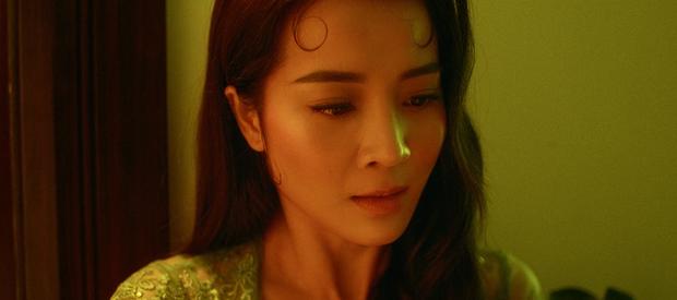 Hòa Minzy chính thức ra mắt MV sau 2 năm vắng bóng, kể lại bi kịch của Nam Phương Hoàng hậu mất người mình yêu vào tay người thứ ba - Ảnh 21.