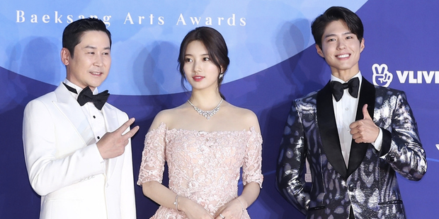 Baeksang công bố bộ 3 MC, dân tình rần rần đào lại khoảnh khắc huyền thoại Park Bo Gum tránh Suzy như tránh tà - Ảnh 2.