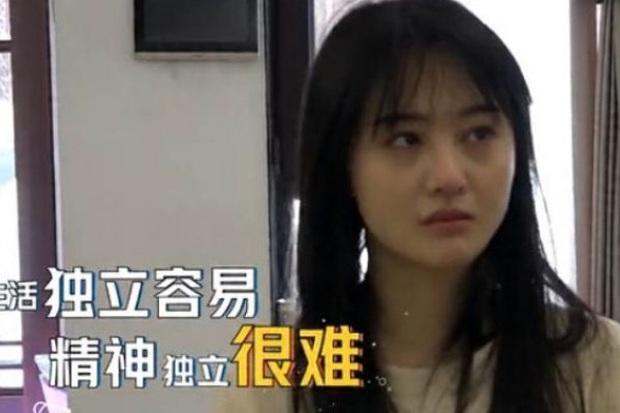 Giữa phốt EQ thấp, 2 hình ảnh đối lập của Trịnh Sảng khiến dân tình ngã ngửa: Mặt mộc hoá ra lại thế này sao? - Ảnh 7.