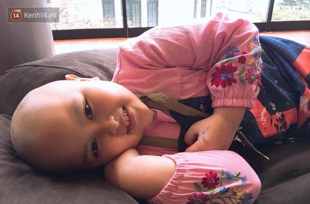 """Bé gái 8 tuổi bị ung thư máu buộc phải ghép tuỷ: """"Con ước đây chỉ là giấc mơ thôi mẹ, tỉnh dậy con sẽ khỏe mạnh như trước"""" - Ảnh 13."""