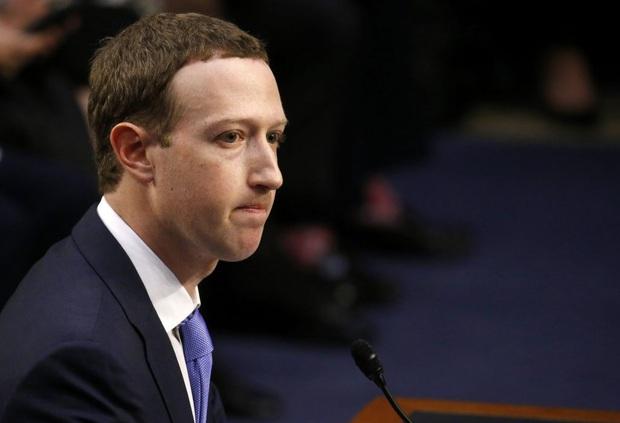 Ông chủ Facebook lại gặp phải vận đen