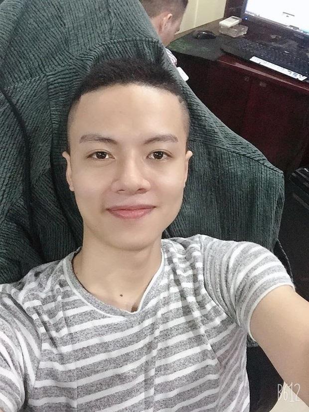 Buồn chân rảnh tay, tuyển thủ Phan Văn Đức tham gia thử thách với kèo solo AoE cùng game thủ máu mặt - Ảnh 3.
