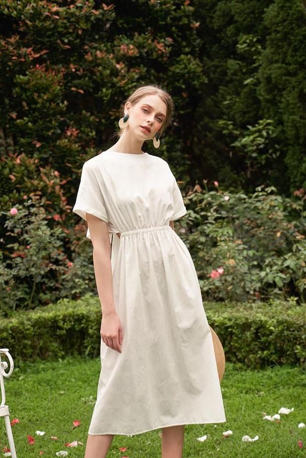 14 mẫu váy liền mỏng mát mà cực kỳ sang chảnh giá chỉ từ 300k: Nàng công sở tha hồ điệu đà trong Hè này - Ảnh 13.