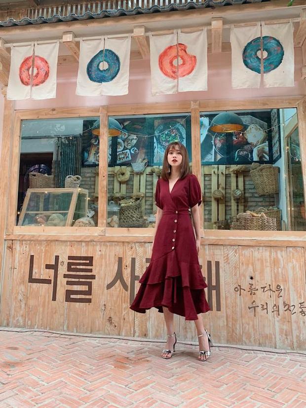 14 mẫu váy liền mỏng mát mà cực kỳ sang chảnh giá chỉ từ 300k: Nàng công sở tha hồ điệu đà trong Hè này - Ảnh 15.