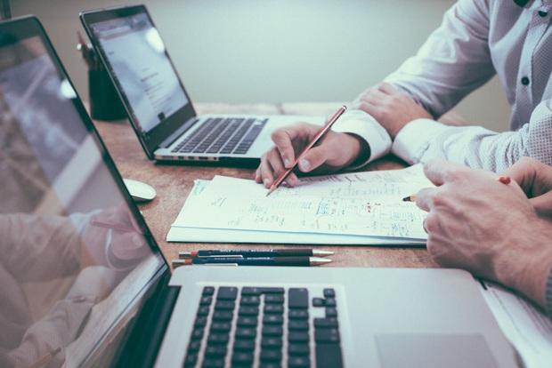 Những ngành nghề có nhu cầu tuyển dụng cao hậu Covid-19: Hiểu thị trường sẽ giúp bạn tránh được cảnh thất nghiệp dài dài - Ảnh 1.