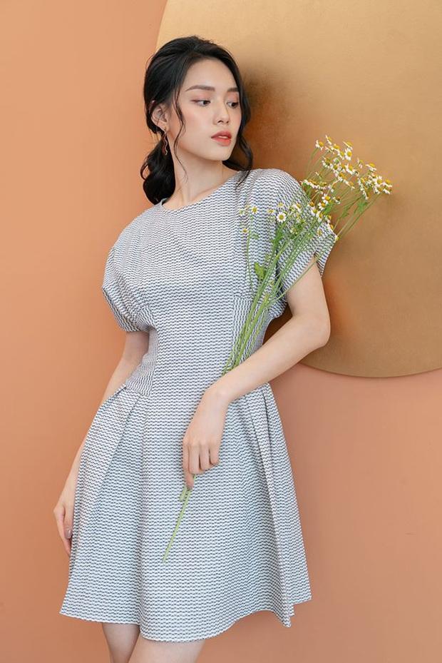 14 mẫu váy liền mỏng mát mà cực kỳ sang chảnh giá chỉ từ 300k: Nàng công sở tha hồ điệu đà trong Hè này - Ảnh 3.