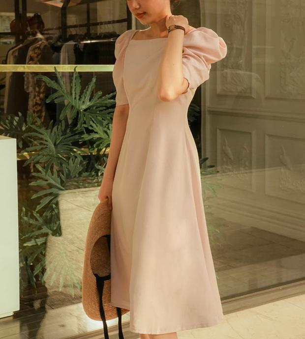 14 mẫu váy liền mỏng mát mà cực kỳ sang chảnh giá chỉ từ 300k: Nàng công sở tha hồ điệu đà trong Hè này - Ảnh 5.