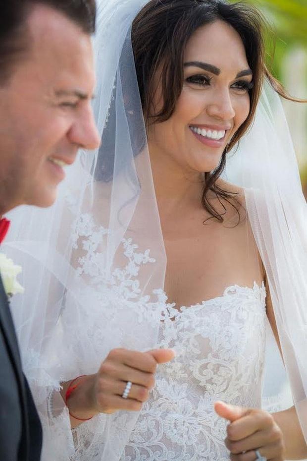 Từng gây xôn xao khi kết hôn với tỷ phú hơn 31 tuổi, nhận nhẫn cưới 2 tỷ đồng, chân dài xinh đẹp giờ đây có cuộc sống khiến nhiều người ngỡ ngàng - Ảnh 6.