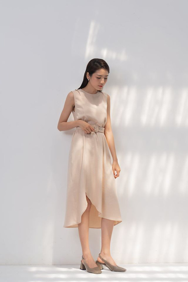 14 mẫu váy liền mỏng mát mà cực kỳ sang chảnh giá chỉ từ 300k: Nàng công sở tha hồ điệu đà trong Hè này - Ảnh 8.