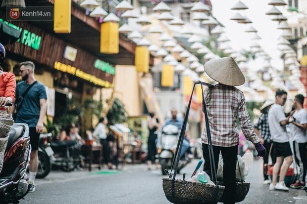 Chính phủ yêu cầu chuẩn bị tái khởi động thị trường khách du lịch quốc tế, thị trường du lịch Việt Nam lại chuẩn bị nhộn nhịp trở lại - Ảnh 1.