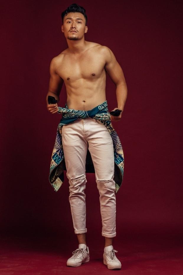 Nam chính cực hot vào vai vua Bảo Đại trong MV mới của Hoà Minzy: Cao 1m8 với body phát mê, từng được Minh Hằng cưng hết mức - Ảnh 7.
