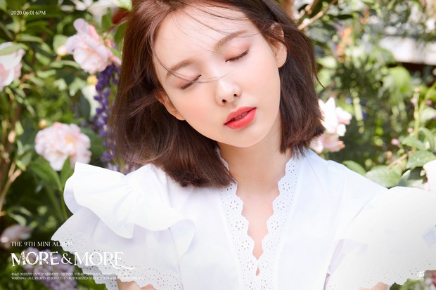 Nayeon mở hàng teaser tái xuất cho TWICE: Đẹp mờ ảo nâng hạng visual, JYP được khen vì không còn thiết kế hình ảnh phèn như trước - Ảnh 3.