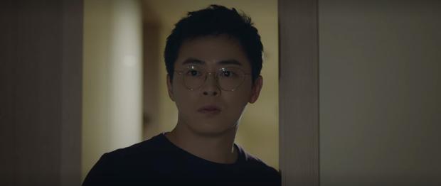 Mừng hụt vì màn bẻ lái ở tập 10 Hospital Playlist: Thuyền Ik Jun - Song Hwa sẽ sớm lật hay về đích mãn nhãn ở phút cuối cùng? - Ảnh 10.