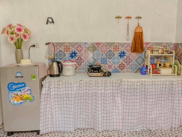 Chỉ mất chưa đến 1 triệu, cô gái tự sơn tường và decor nhà trọ giá rẻ thành nơi sống xinh như phim Hàn - Ảnh 5.