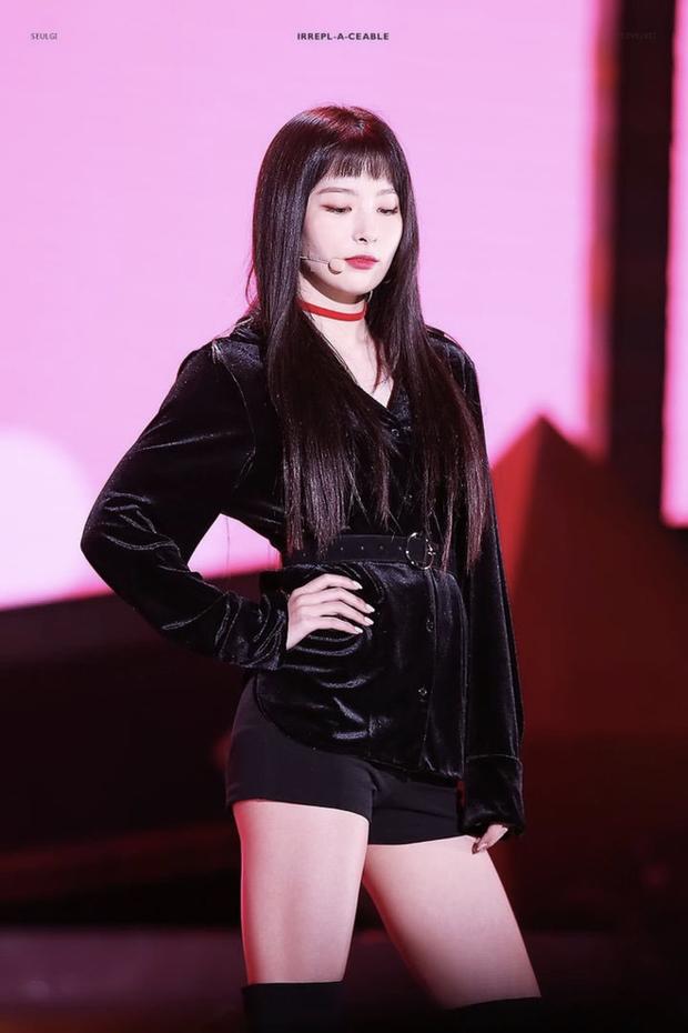 Ly kỳ chuyện 5 mỹ nhân Red Velvet được SM tuyển chọn: Irene là nữ thần từ hồi thực tập, Yeri gây xôn xao vì được chủ tịch cưng? - Ảnh 15.