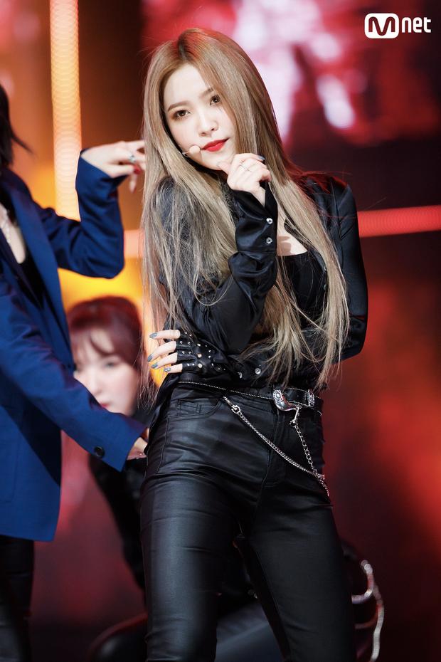 Ly kỳ chuyện 5 mỹ nhân Red Velvet được SM tuyển chọn: Irene là nữ thần từ hồi thực tập, Yeri gây xôn xao vì được chủ tịch cưng? - Ảnh 28.