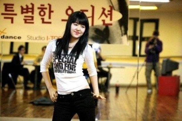 Ly kỳ chuyện 5 mỹ nhân Red Velvet được SM tuyển chọn: Irene là nữ thần từ hồi thực tập, Yeri gây xôn xao vì được chủ tịch cưng? - Ảnh 7.