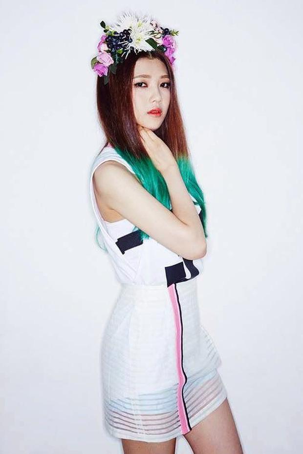 """Quá khứ của Red Velvet khi chưa ra mắt: Irene từng bị đánh trượt nhưng lại được SM """"vớt"""", 1 thành viên được """"ém nhẹm"""" tới ngày debut mới lộ diện - Ảnh 21."""