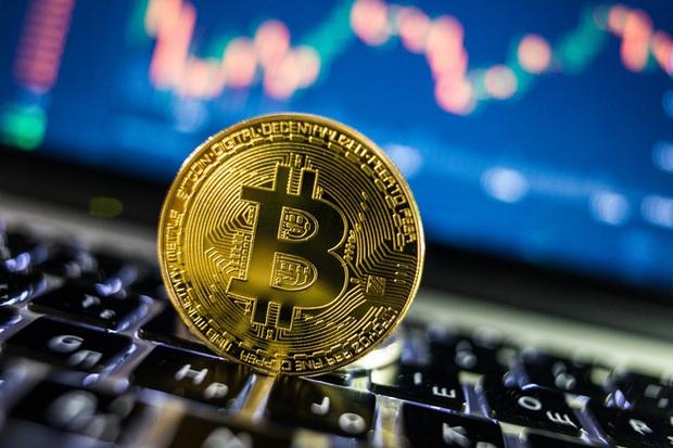 Giả vờ gây quỹ cho dự án balo thông minh, thanh niên chiếm đoạt 800.000 USD để chơi Bitcoin và trả nợ - Ảnh 2.