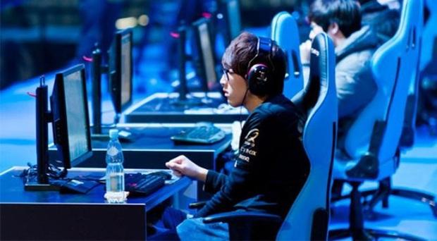 Khó tin, game thủ ở Trung Quốc nhận lương nghìn đô, vượt xa các ngành nghề truyền thống khác! - Ảnh 1.