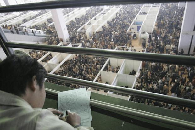 Trung Quốc sắp phải đối mặt cuộc khủng hoảng thất nghiệp chưa từng có trong lịch sử  - Ảnh 3.