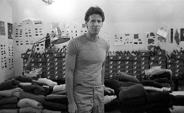 Calvin Klein - ông hoàng thời trang nước Mỹ: Đời tư phức tạp, ly hôn hai bà vợ để chuyển sang yêu trai trẻ kém gần 50 tuổi - Ảnh 6.