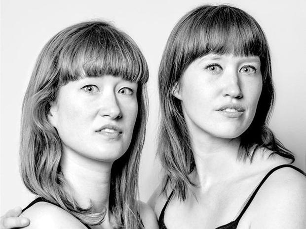 20 năm đi tìm những người xa lạ trông như sinh đôi để chụp ảnh, nhiếp ảnh gia cho ra đời bộ ảnh về hiện tượng bí ẩn chưa có lời giải - Ảnh 4.