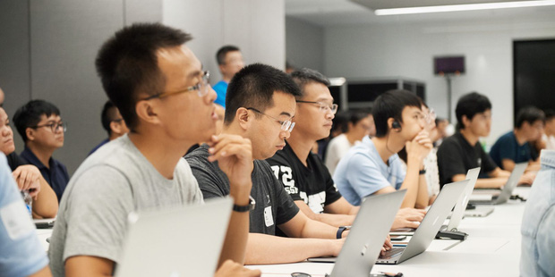 Khó tin, game thủ ở Trung Quốc nhận lương nghìn đô, vượt xa các ngành nghề truyền thống khác! - Ảnh 4.