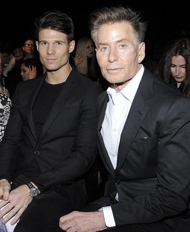 Calvin Klein - ông hoàng thời trang nước Mỹ: Đời tư phức tạp, ly hôn hai bà vợ để chuyển sang yêu trai trẻ kém gần 50 tuổi - Ảnh 13.