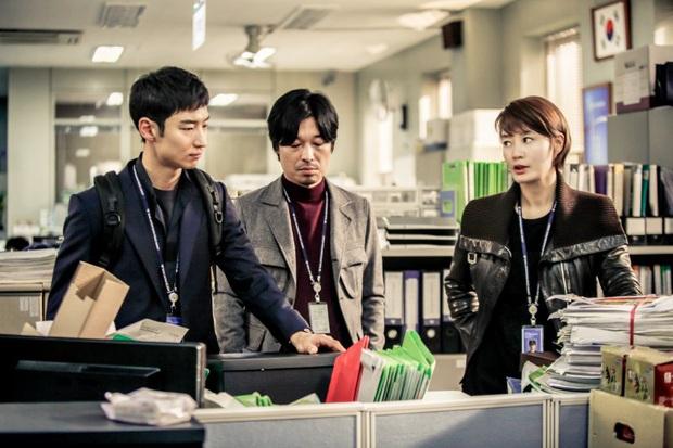 Nhìn kĩ BXH 10 phim Hàn được báo Mỹ chọn là đáng xem nhất trên Netflix, mới thấy đài hắc mã tvN bao thầu toàn tác phẩm hay ho! - Ảnh 8.