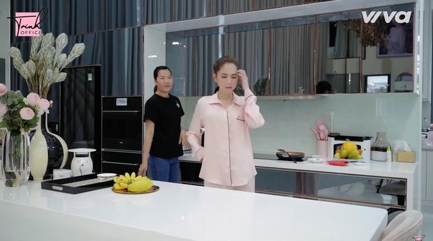 Chủ tịch Ngọc Trinh thử thách một ngày tự nấu nướng và làm việc nhà thay giúp việc, tiết lộ thói quen ăn uống cực hiếm người trong showbiz có - Ảnh 2.
