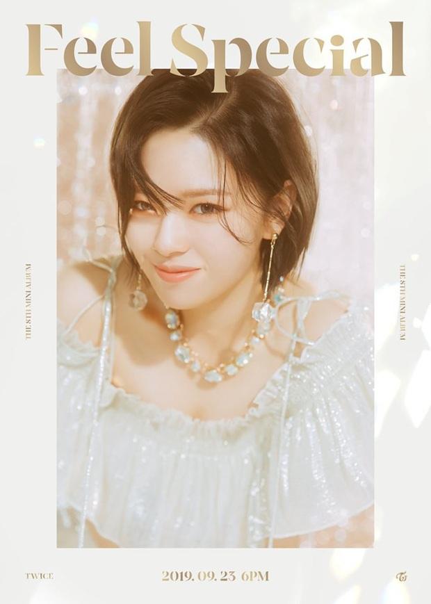 JYP bẻ lái cực gắt vì thành viên tiếp theo ra teaser không như dự đoán, TWICE phá sâu kỉ lục album đặt trước của mình chỉ sau 3 ngày - Ảnh 3.
