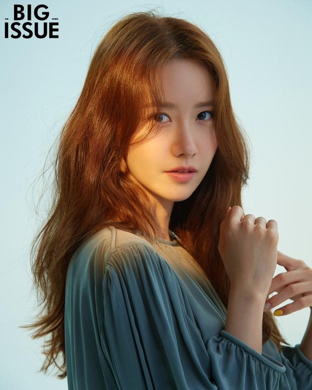 Yoona (SNSD) tung bộ ảnh tạp chí mừng tuổi 30, dân tình choáng nặng khi so với ảnh 10 năm trước - Ảnh 4.